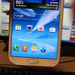 [Leak] First Images Of The Verizon Galaxy Note II Show Up Online, And It Has Branded Home Button