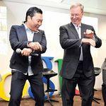 Hey Shareholders! Here's Google's Eric Schmidt Doing It Gangnam Style In South Korea