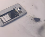 [Facepalm] Moron Uses Hammer Against Galaxy S5, Galaxy S5 Counters With Battery Gas, It's Super Effective!