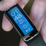 Samsung Gear Fit Review: Well, It Looks Nice