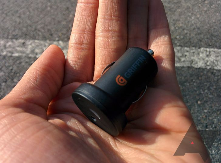 Griffin iTrip AUX Review: A Cheap Way To Get Bluetooth In Your Car That's Still Kind Of Pricey