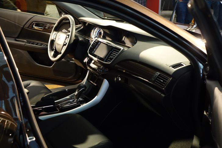 [Hands-On] Honda Announces Its First Car With Android Auto - The 2016 Accord