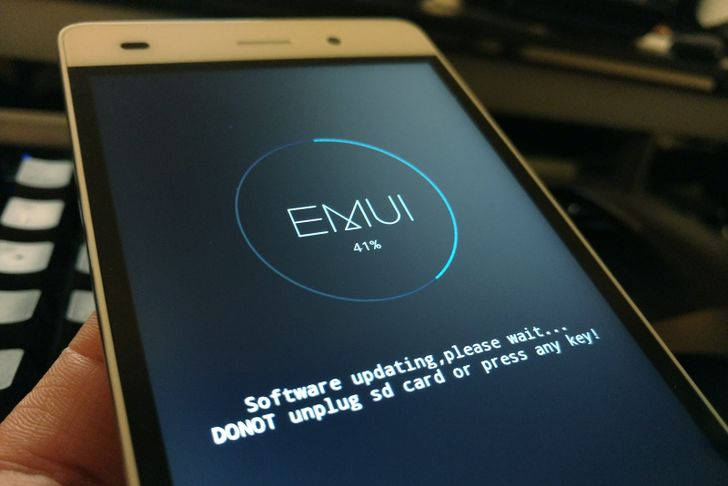 Huawei Finally Releases Lollipop For The US P8 Lite, But It's A Manual Update That Erases Your Data