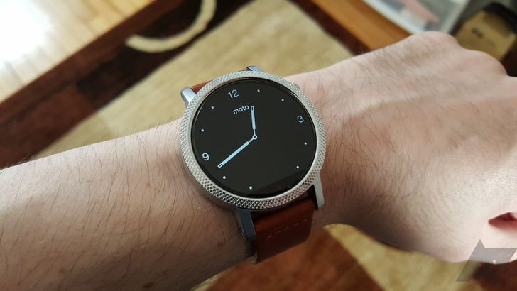 [It's about time] Android Wear 2.0 is now rolling out to the 2nd-generation Moto 360