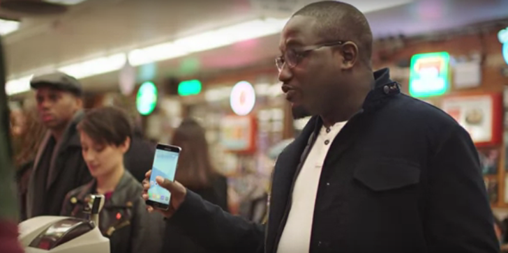 New Samsung Pay Ad Features Comedian Hannibal Buress And Makes Light Of Apple Pay