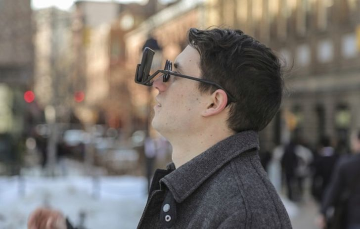 2VR Kickstarter Project Promises To Make A VR Headset Out Of Hipster Glasses And Hooks