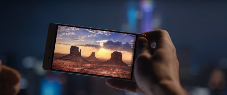 Superman And Scarlett Johannson Star In Very Bad, No Good Huawei P9 Advert