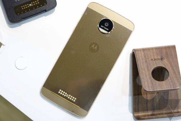 Motorola's design chief leaves after 12 years at company