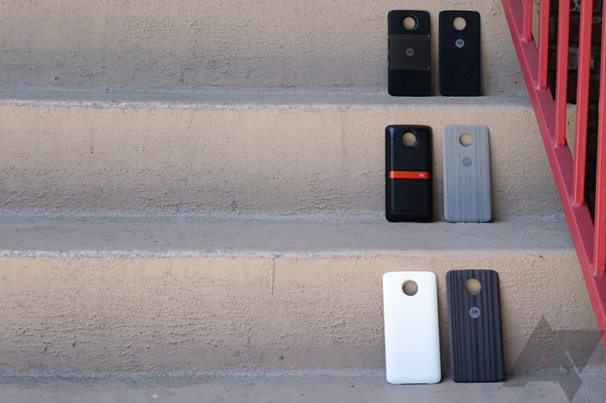 Moto Mods: Thoughts and first impressions