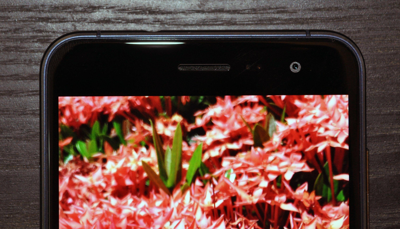 ZenFone 3 - Front 1