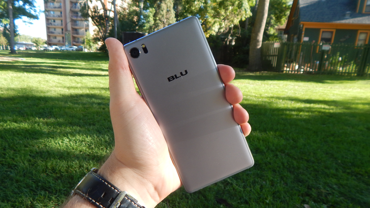 Blu Pure XR review: Mostly decent hardware choked by bad software