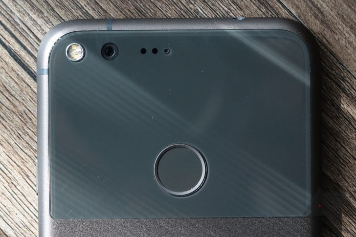 Google comments on why fingerprint swipe gestures aren't supported on last year's Nexuses