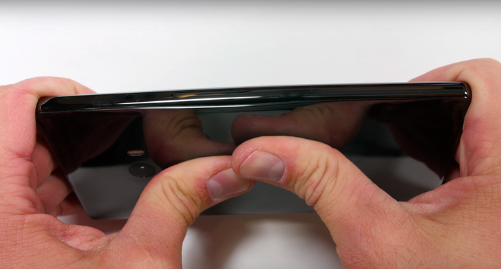 JerryRigEverything tests the bezel-less Xiaomi Mi MIX's durability, walks away impressed