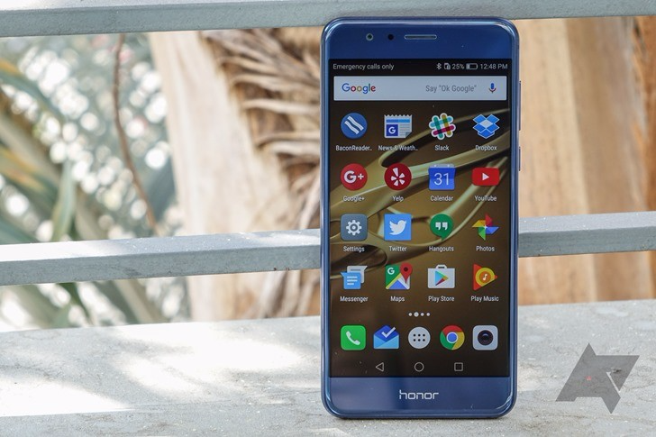 Huawei says that the Honor 8 will receive Nougat and EMUI 5 in February 2017