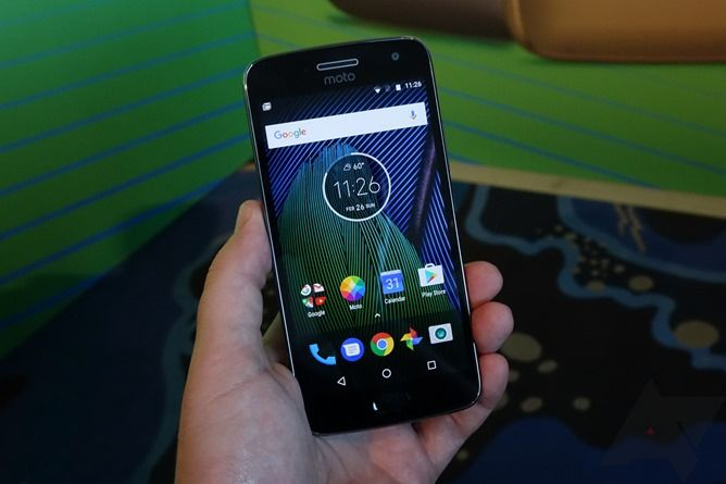 Moto G5 Plus hands-on: The best budget phone gets better, but not in all the ways we wanted