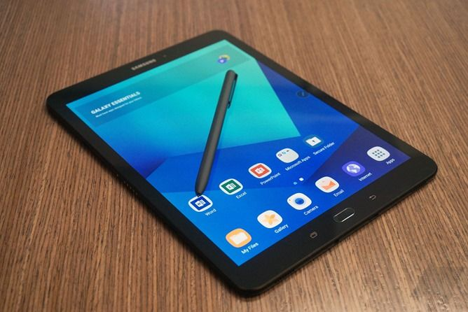 [Hands-on] Samsung announces its latest premium Android tablet, the Galaxy Tab S3, with a stand-alone S-Pen