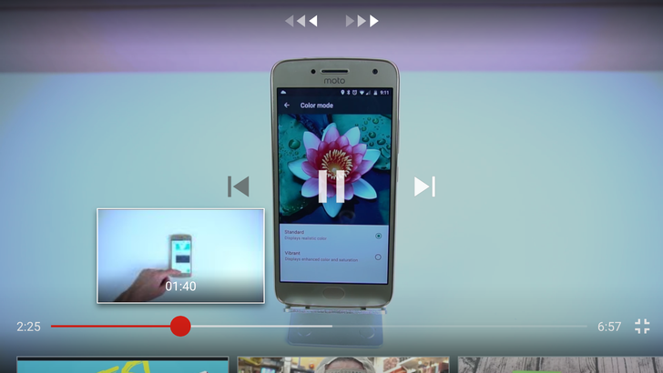 [Update: Wide rollout] YouTube is testing video previews when you adjust your position on the seek bar