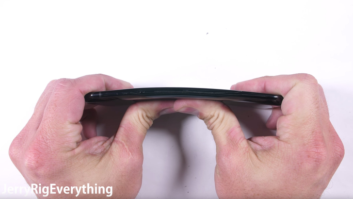 JerryRigEverything proclaims Xiaomi Mi6 a durability champ, with massive improvements over the Mi5