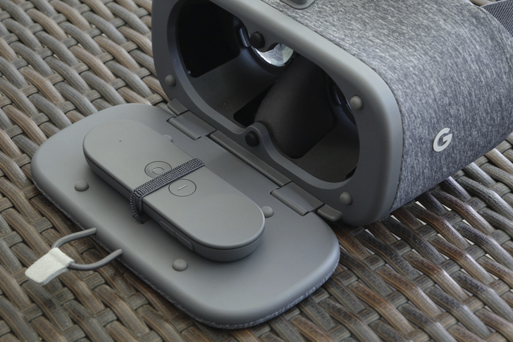 Google's Daydream View VR headset is now available in India from Flipkart for 6499 INR