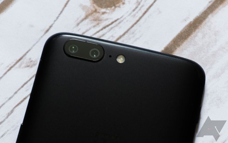 OnePlus Camera 2.4 adds a new mode-switching screen [APK Download]
