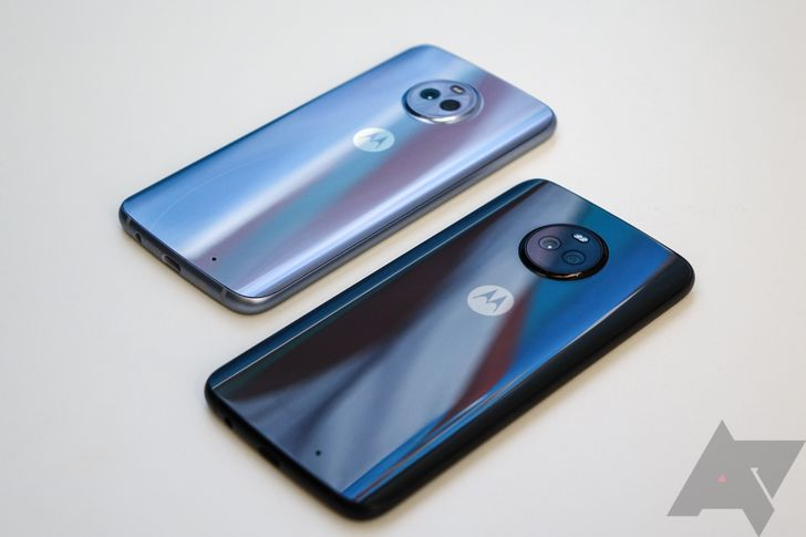 Moto X4 hands-on: No relation
