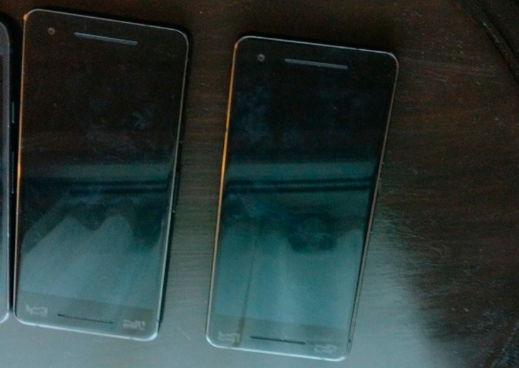 Pixel 2 leaks in the flesh with dual front-facing speakers and no headphone jack
