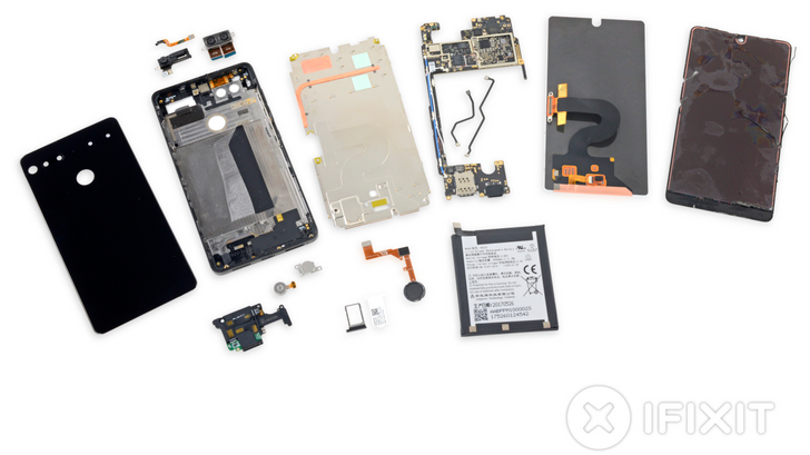 iFixit's Essential Phone teardown reveals a very tedious repair process, nets it a score of 1