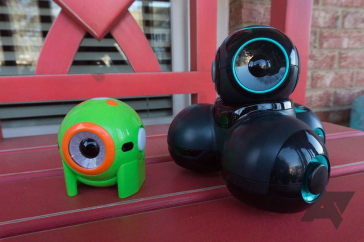 Wonder Workshop Dot and Cue review: One of these is not like the other
