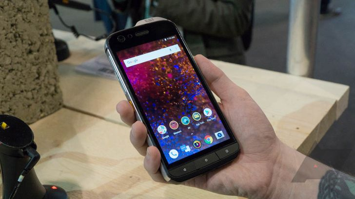 [Hands-on] The Cat S61 is a more refined rugged smartphone