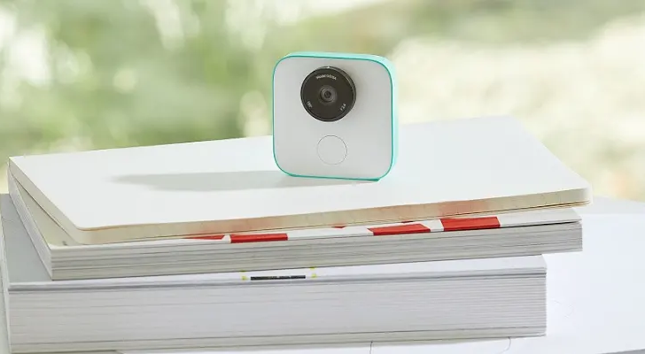 Google Clips gets timelapse function, better facial expression recognition, and more