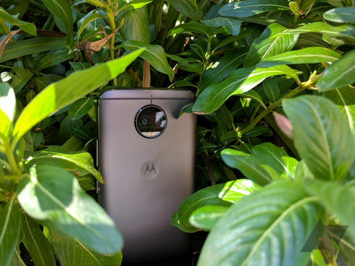 [Update: For real this time] Android 8.1 Oreo rolling out to Moto G5S Plus