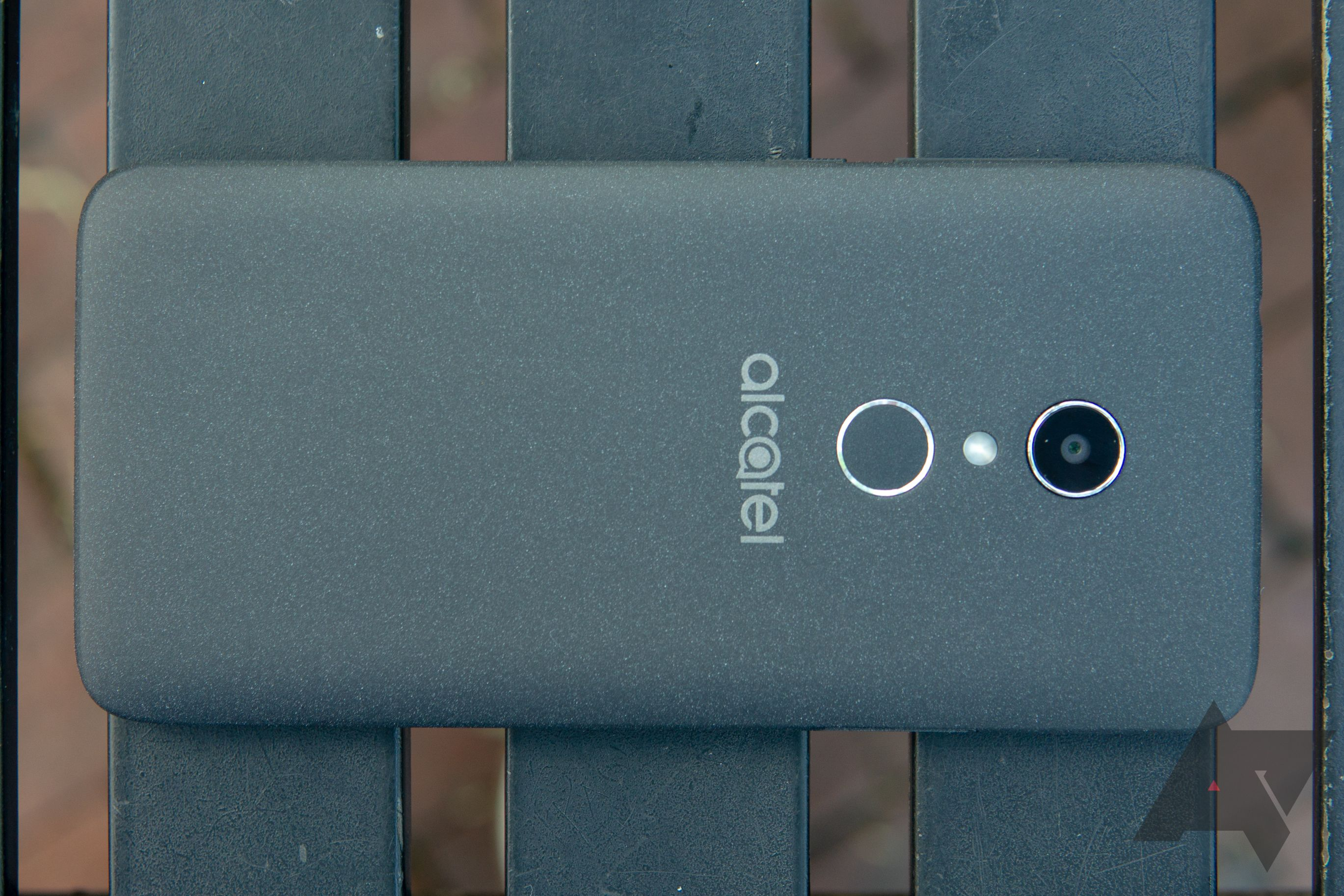 Alcatel 1X review: Android Go is a huge compromise in every sense