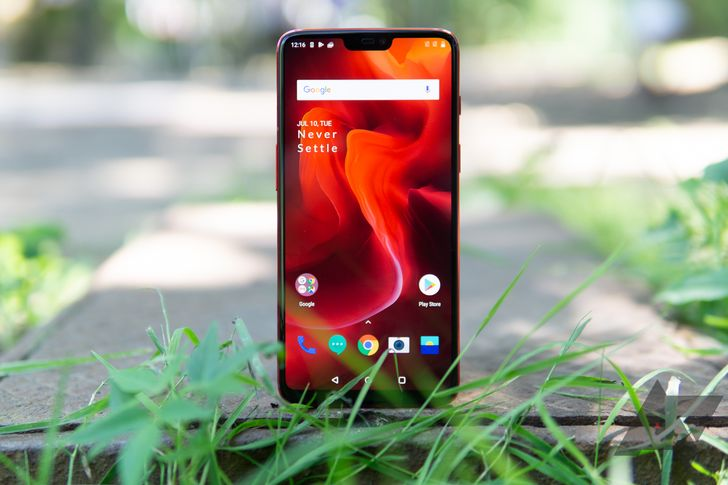 [Update: Next update will fix] Some OnePlus 6 displays flicker in bright light with adaptive brightness enabled