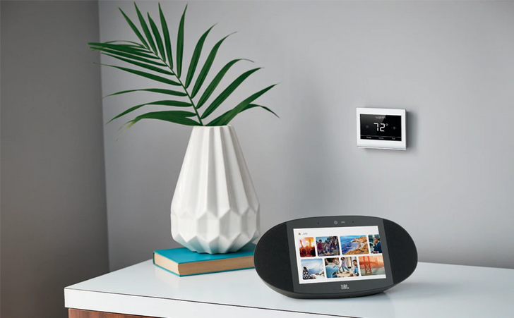 JBL opens pre-orders for $250 Link View smart display with Google Assistant, landing in September