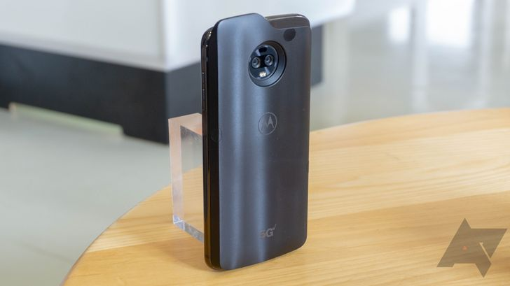 The 5G Moto Mod will be an awkward but necessary first step into the era of 5G phones