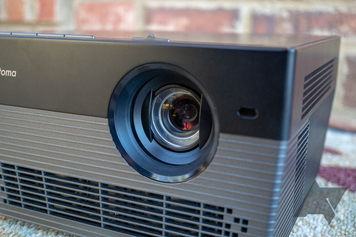 [Update: Bugs fixed] Optoma UHL55 Android projector review: There's no point