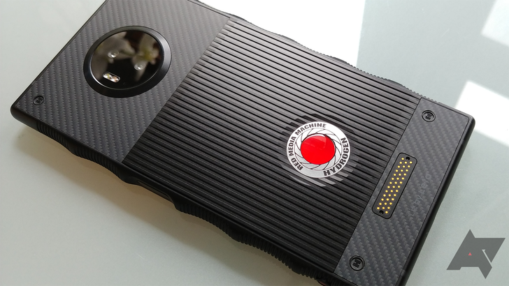 [Update: Orders open] RED Hydrogen One coming to AT&T and Verizon, for the low price of $1,300