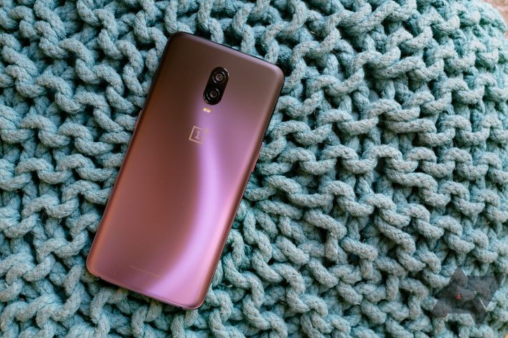 OnePlus 6 and 6T Android 10 update rolling out again as Oxygen OS 10.0.1 (Update: 10.3.0 ROMs)