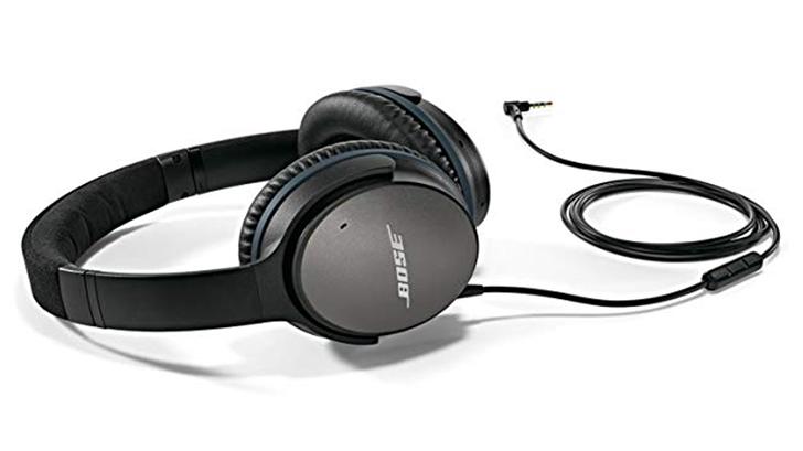 Bose QuietComfort 25 acoustic noise canceling headphones are $110 on Amazon ($90 off)