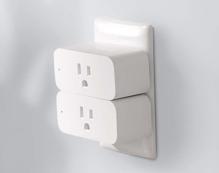 Amazon's compact and well-rated Smart Plug is 40% off, down to $14.99