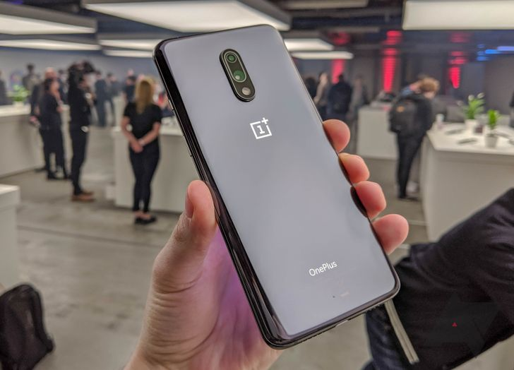 OnePlus 7 first impressions: If you liked the 6T, you'll like this