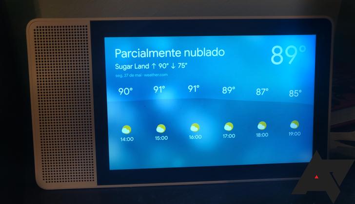 [Update: Polish too] Assistant-enabled smart displays can now speak Brazilian Portuguese