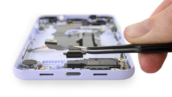 iFixit teardown claims the Pixel 3a is the most repairable Google phone in years