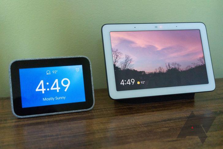 Google Nest Hub vs. Lenovo Smart Clock: Which should you buy?