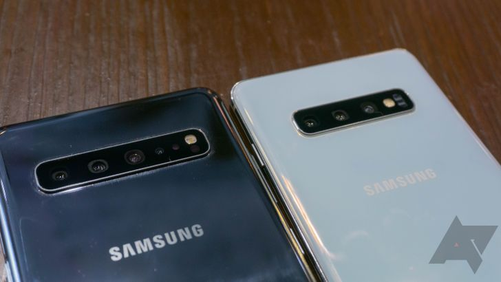 T-Mobile welcomes the giant Galaxy S10 5G to its tiny 5G network