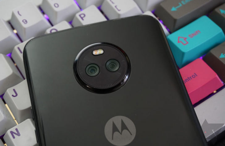 Get a Moto X4 and burner smartphone with $50 credit for $126 at Best Buy