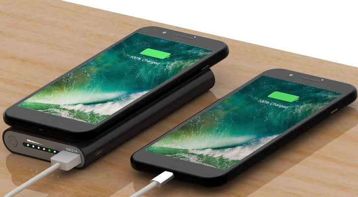 Grab a 10,000mAh power bank with wireless charging for only $17 from B&H ($13 off)