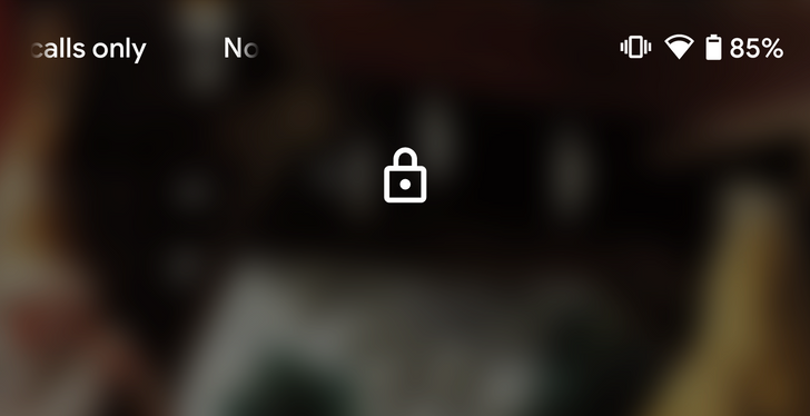 Android Q Beta 4 moves the lock icon on the lockscreen to the top