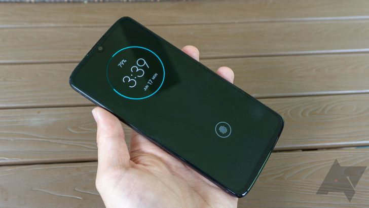 The Moto Z4 is receiving Android 10 (Update: Verizon)