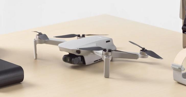 The new ultra-light DJI Mavic Mini flies at 30MPH, doesn't require FAA registration